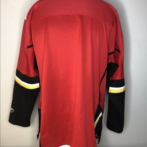 CCM Shirts - NHL CCM Reebok Calgary Flames Hockey Jersey Large 171045c96